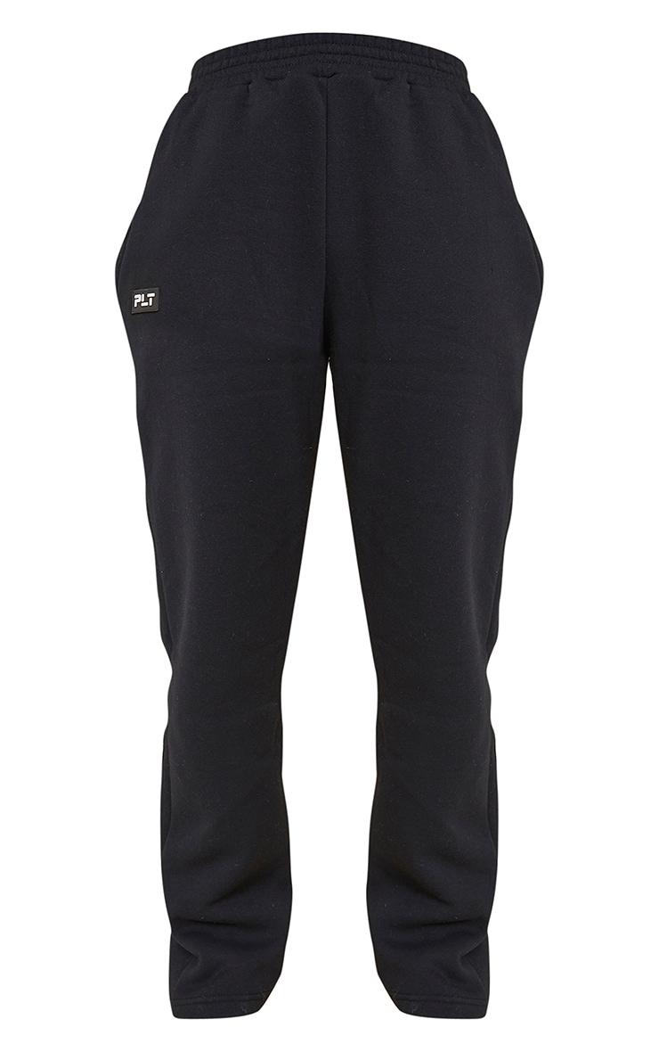 PRETTYLITTLETHING - Jogging droit noir à détail badge 5
