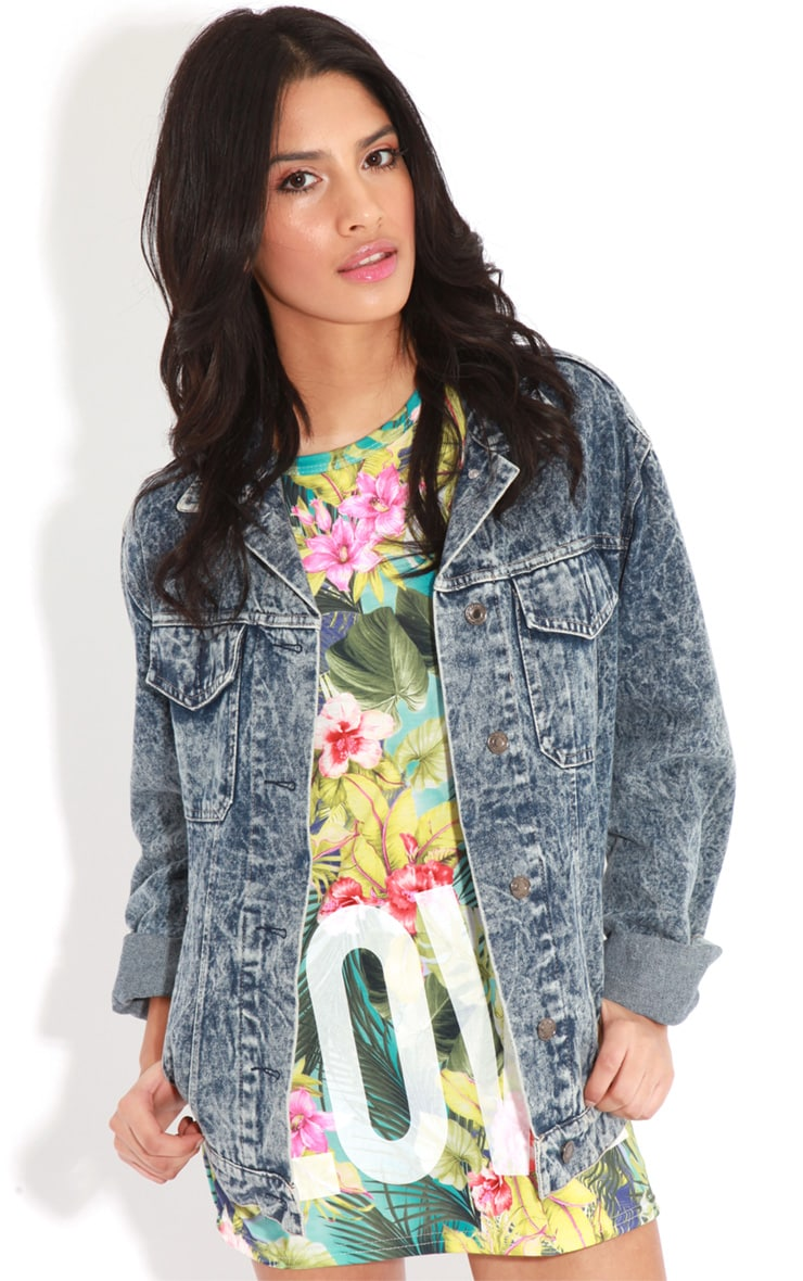 Makayla Turquoise Floral Love Life Sports Tee 4