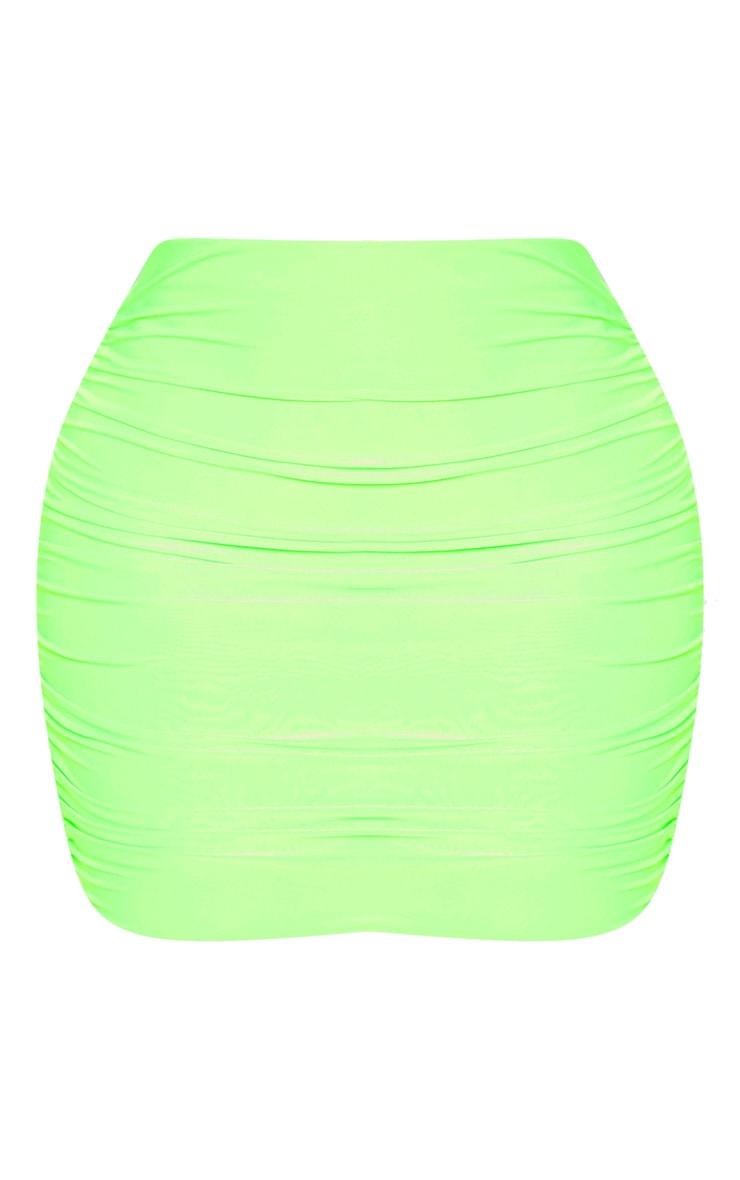 Mini-jupe moulante slinky froncée vert fluo 3
