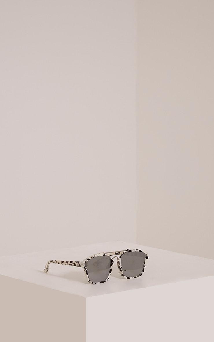 Lexus White Pattern Framed Sunglasses 4