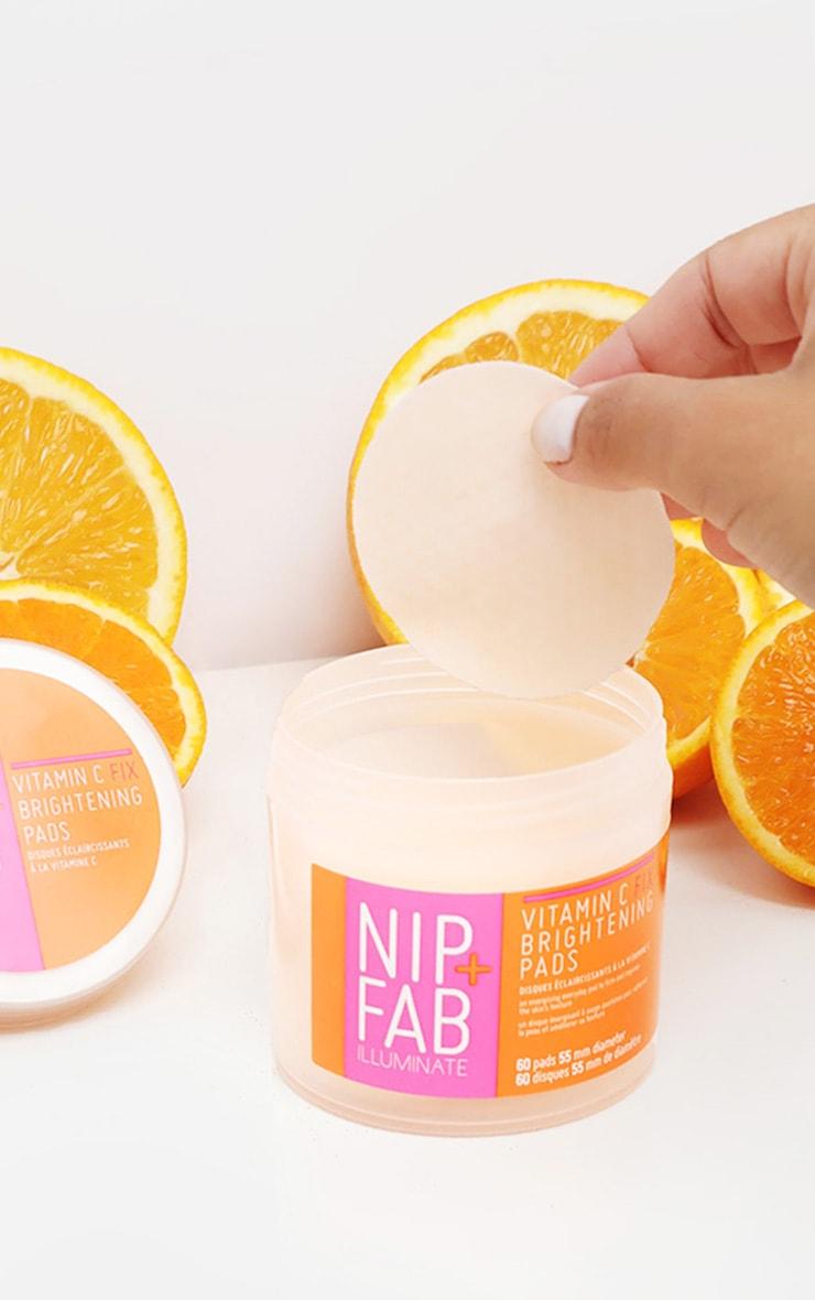 Nip + Fab - Disques raviveurs d'éclat à la vitamine C 2