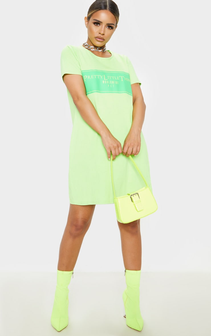 PRETTYLITTLETHING Petite Neon Green Worldwide T-Shirt Dress 1