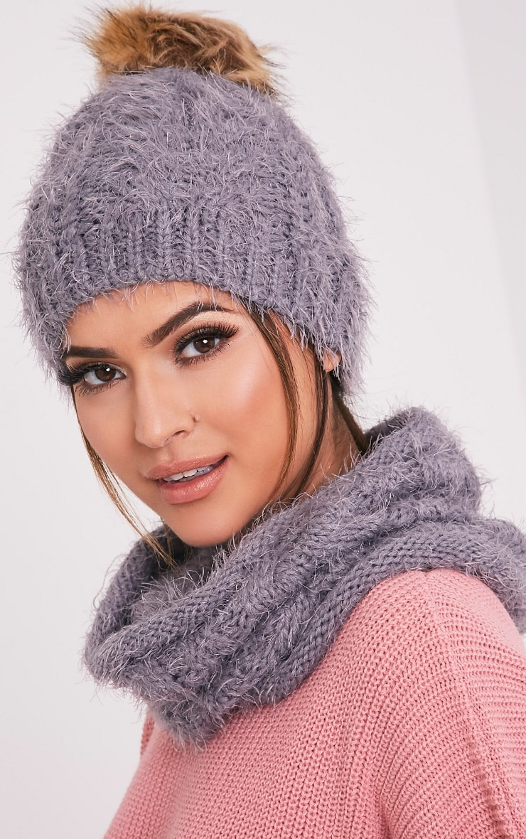 Two Pack Grey Knitted Beanie and Snood 2