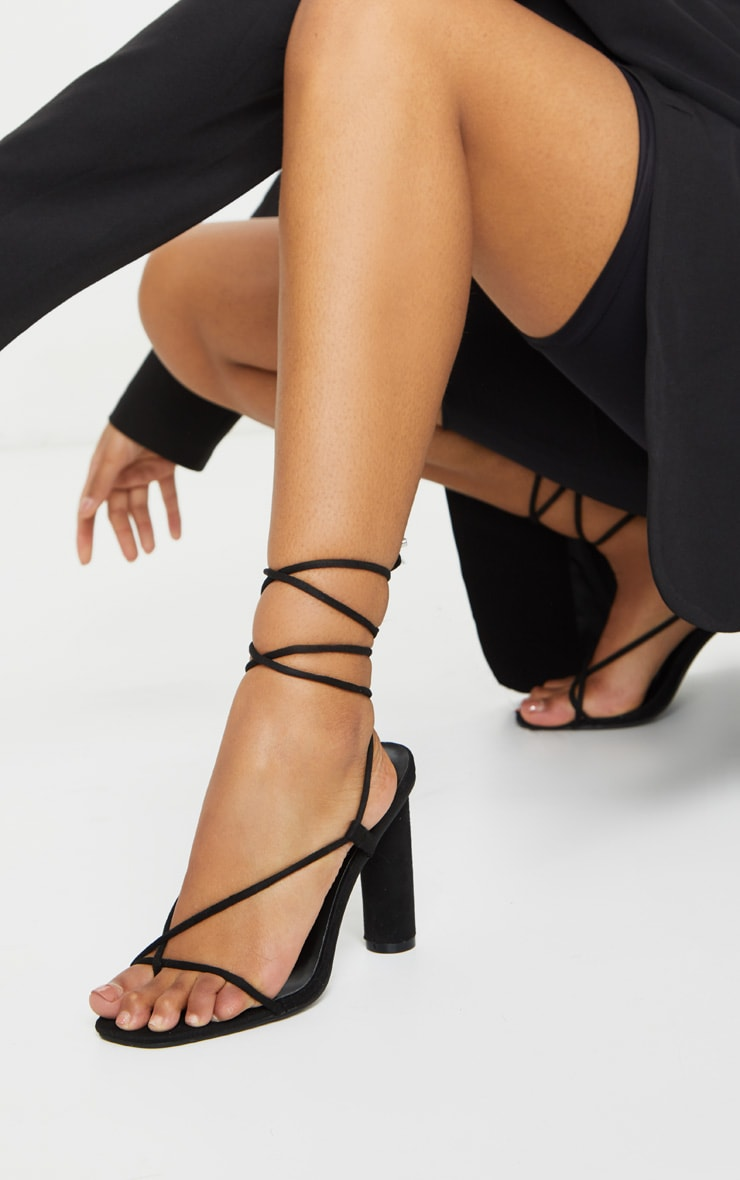 Black Cylinder Strappy Toe Thong Heeled Sandals 2
