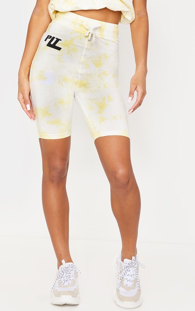 PRETTYLITTLETHING Yellow Tie Dye Cycle Shorts 2
