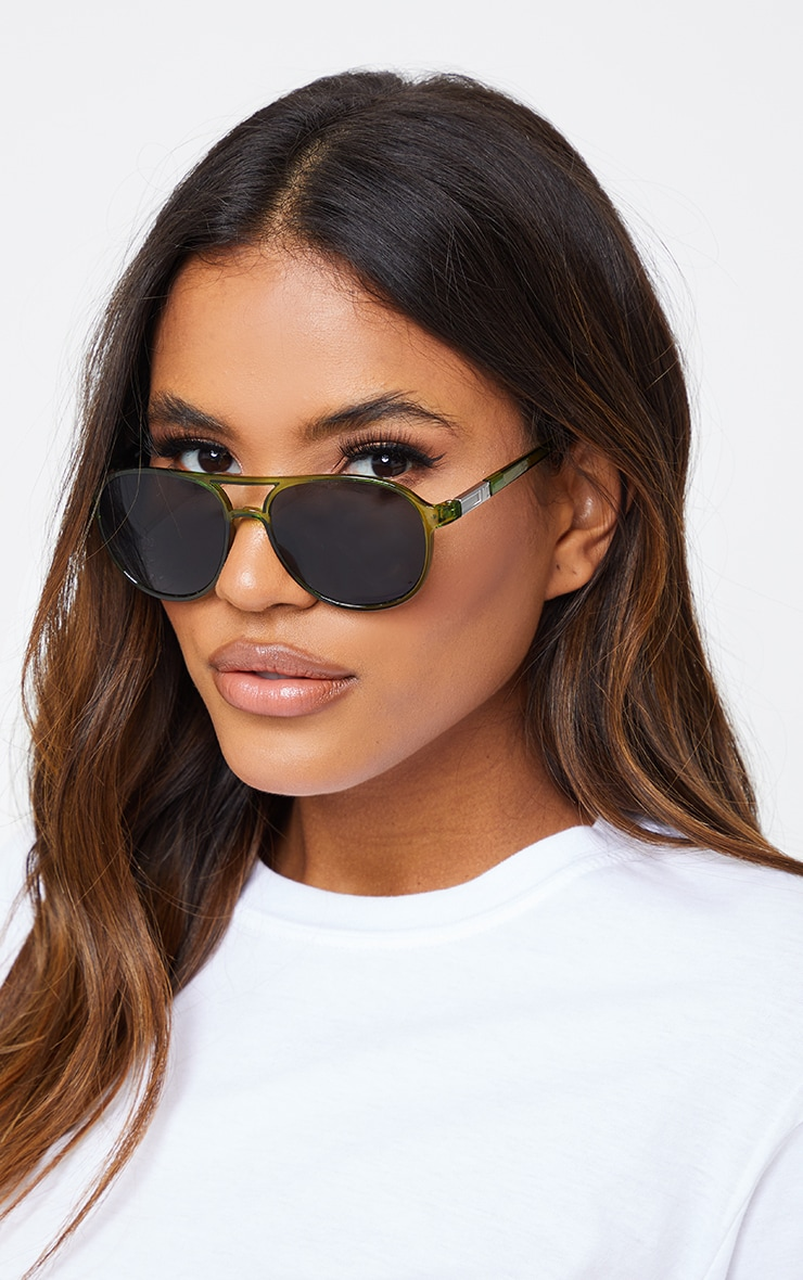 Green Double Bar Round Frame Sunglasses 1