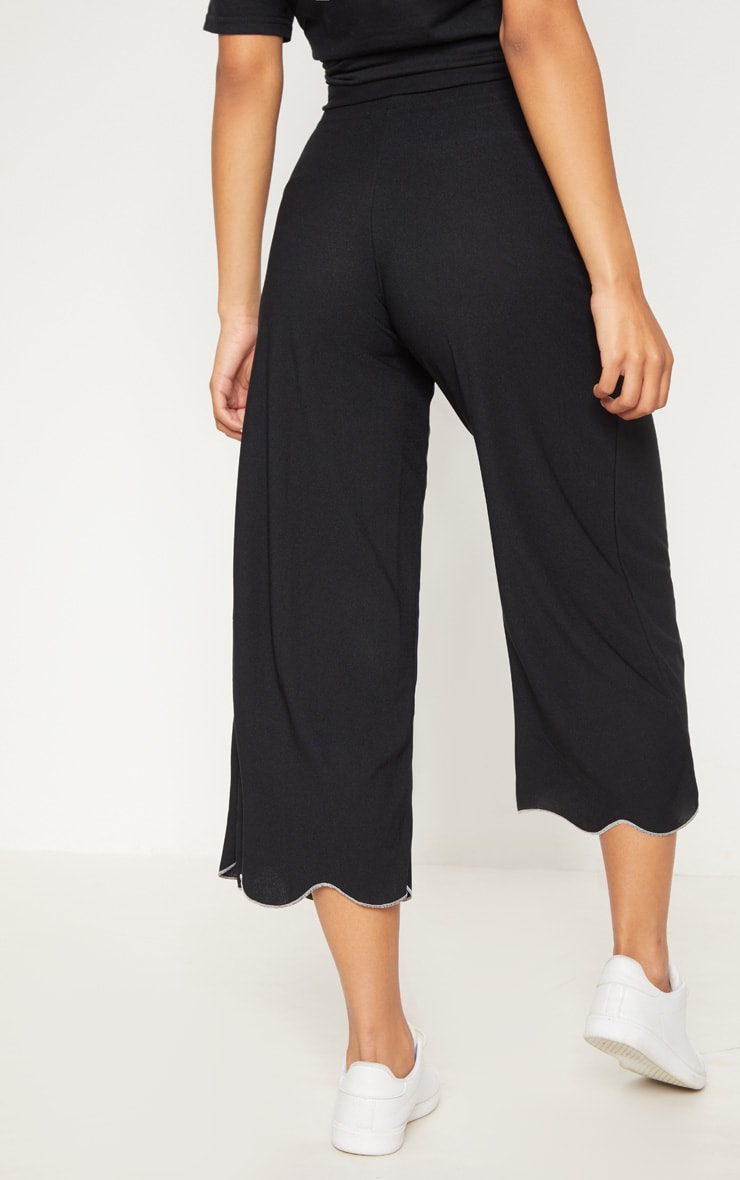 Black Crepe Scalloped Edge Culotte   4