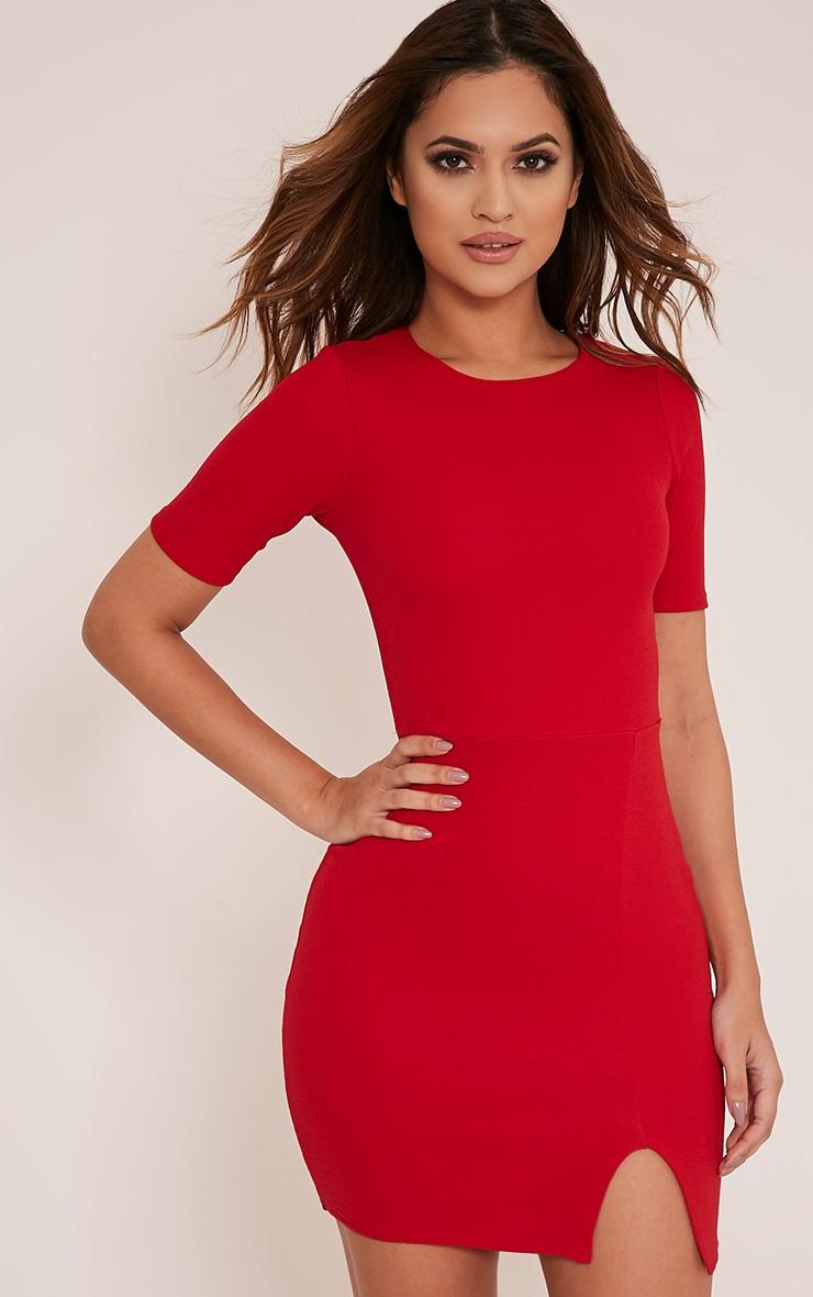 Freya robe moulante rouge à fente et manches courtes 1