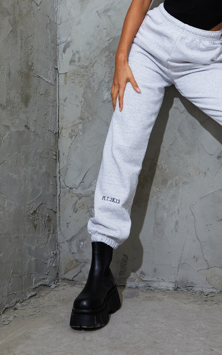 PRETTYLITTLETHING Ash Grey Cuff Detail Casual Joggers 4