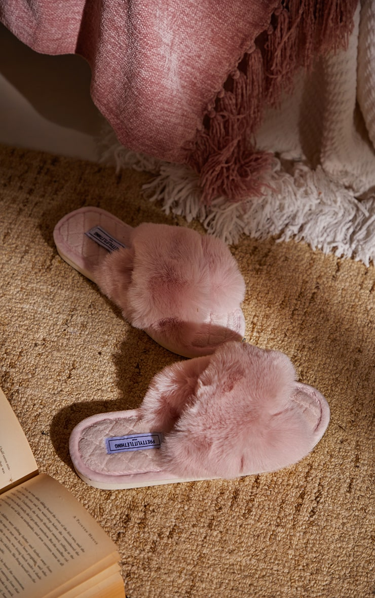 PRETTYLITTLETHING Home Pink Fluffy Cross Strap Quilted Sole Slippers 2