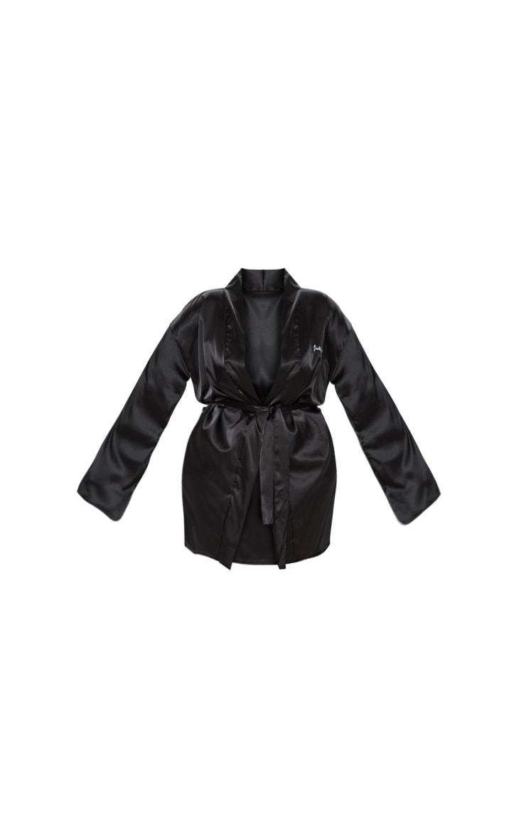 PRETTYLITTLETHING Plus Black Satin Robe 3