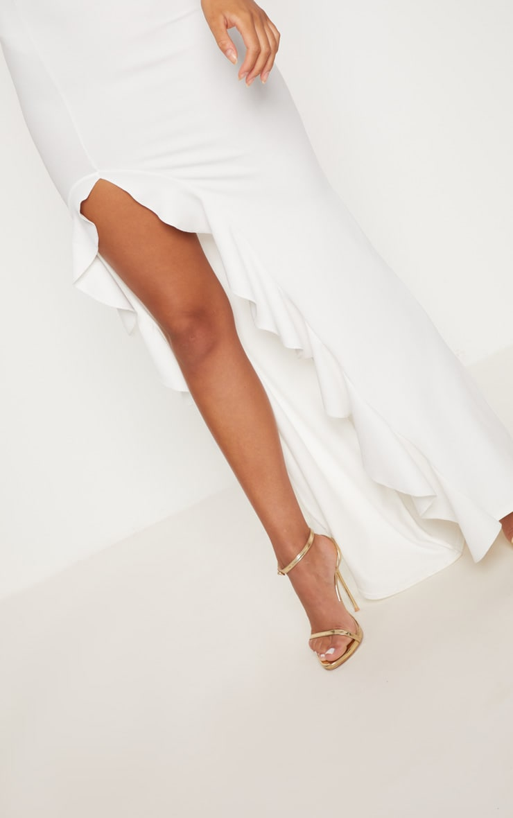 فستان طويل بحافة مكشكشة وبكتف واحد بلون أبيض 5