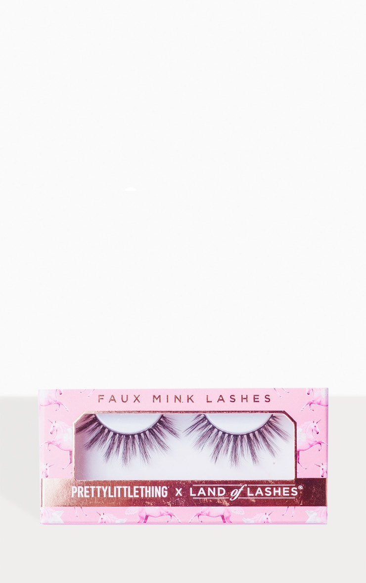 PRETTYLITTLETHING X Land of Lashes Lola 2