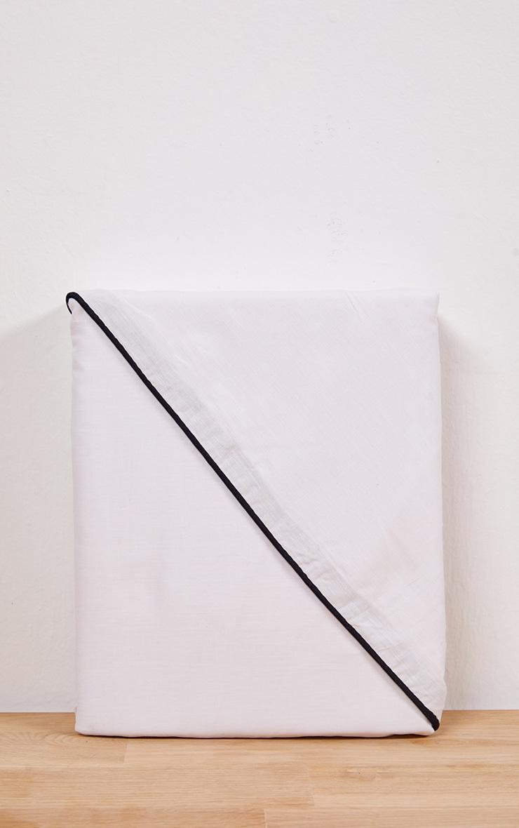 White With Black Piping Plain Double Duvet Set 3