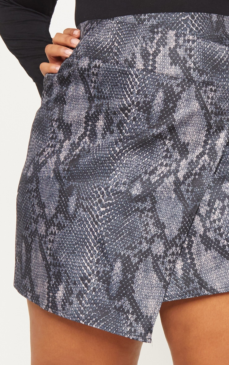 Plus Grey Snake Print Button Detail Wrap Mini Skirt 6