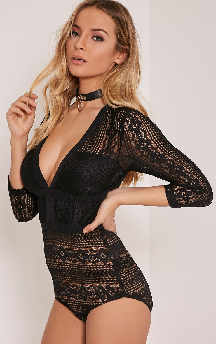 Donna Black Lace Plunge 3/4 Sleeve Bodysuit 6