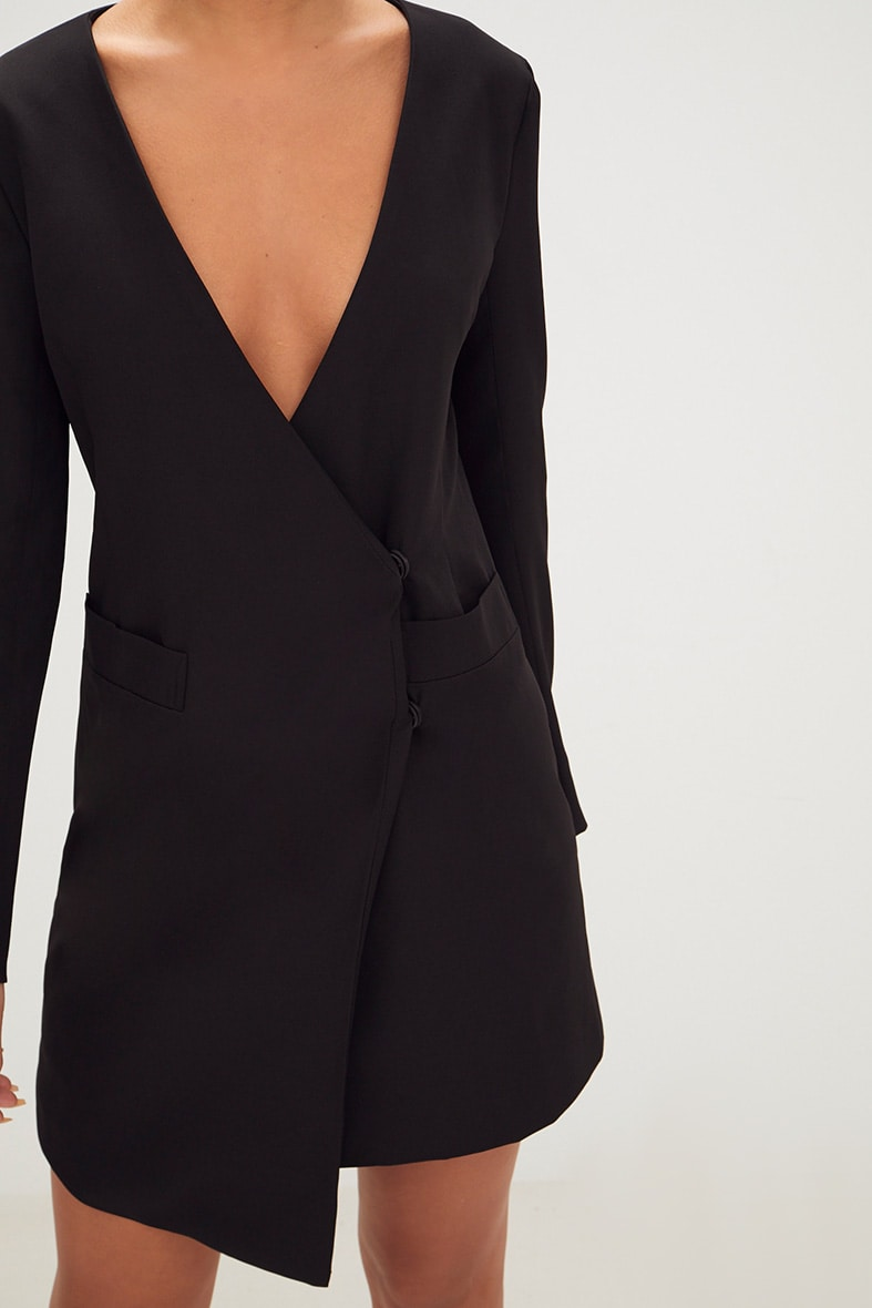 Black Oversized Asymmetric Hem Blazer Dress 5