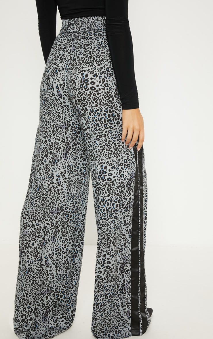 Dusty Blue Elasticated Waist Leopard Print Wide Leg Trouser 4