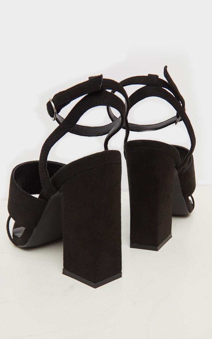 Black Toe Loop Point Toe Block Heel Sandal 4