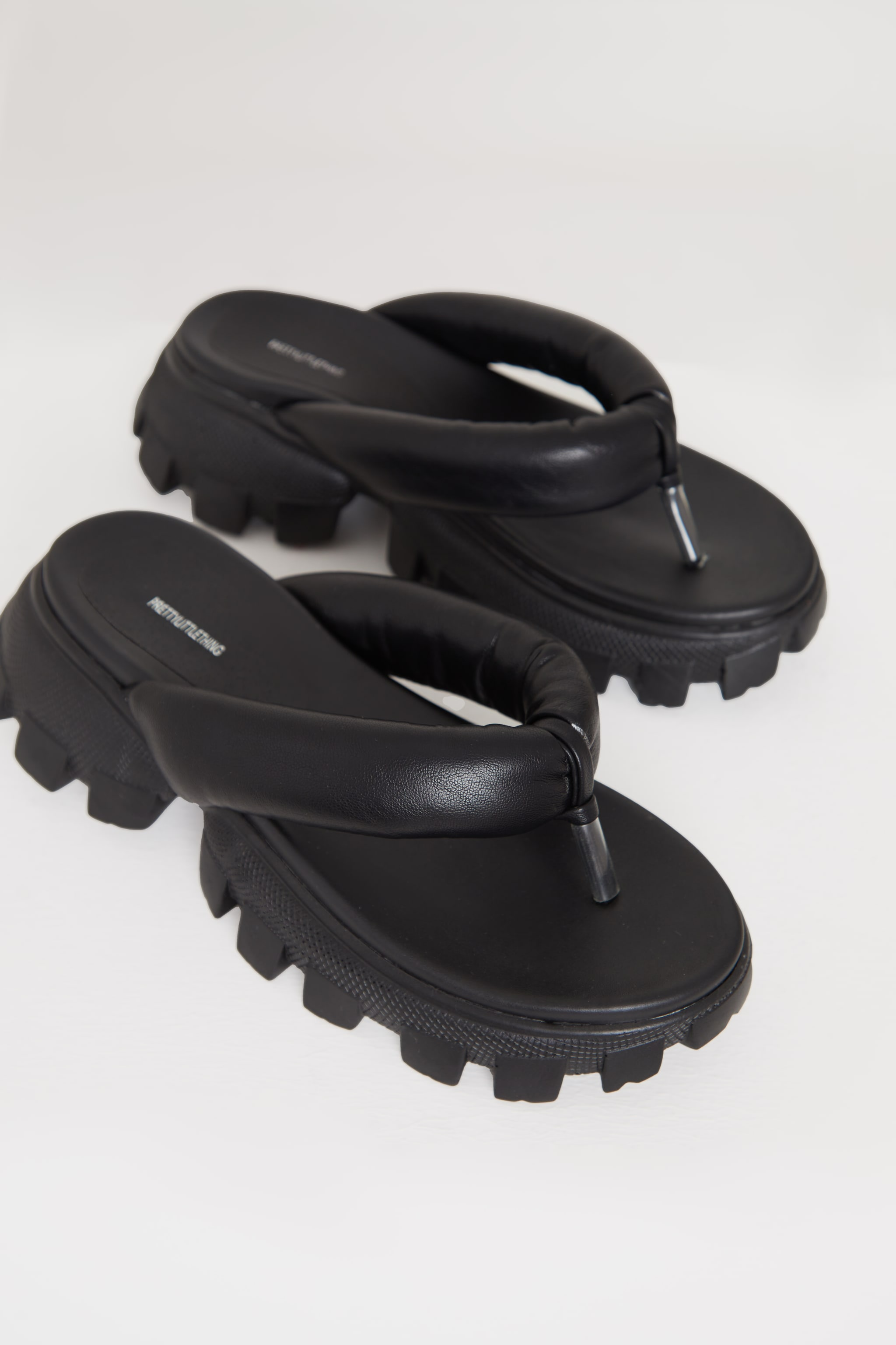Black Toe Post Cleated Sole Chunky Sandals 3