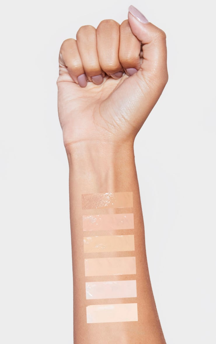wet n wild Photo Focus Foundation Nude Ivory 4