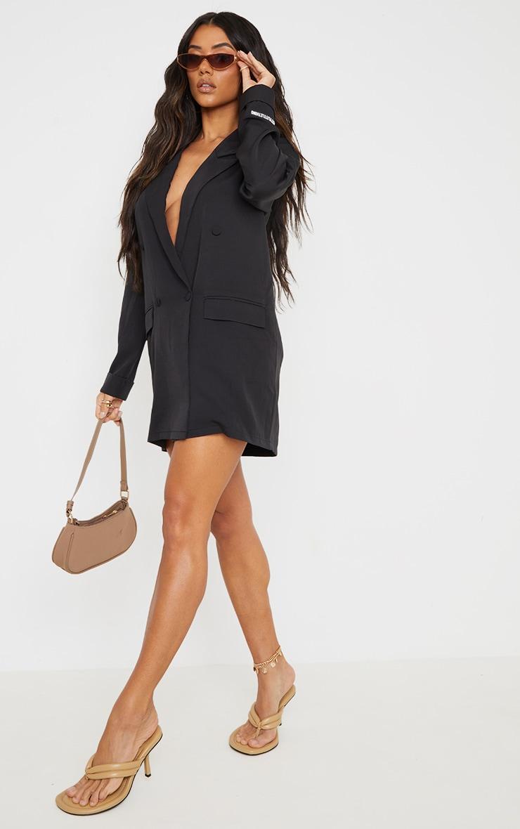 PRETTYLITTLETHING - Robe blazer noire à double boutonnière détail badge 3