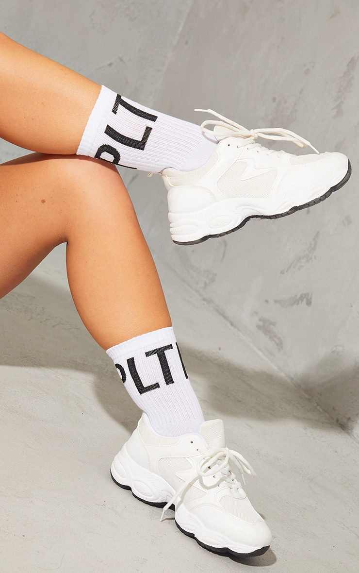 PRETTYLITTLETHING White Initial Text Ankle Socks 1