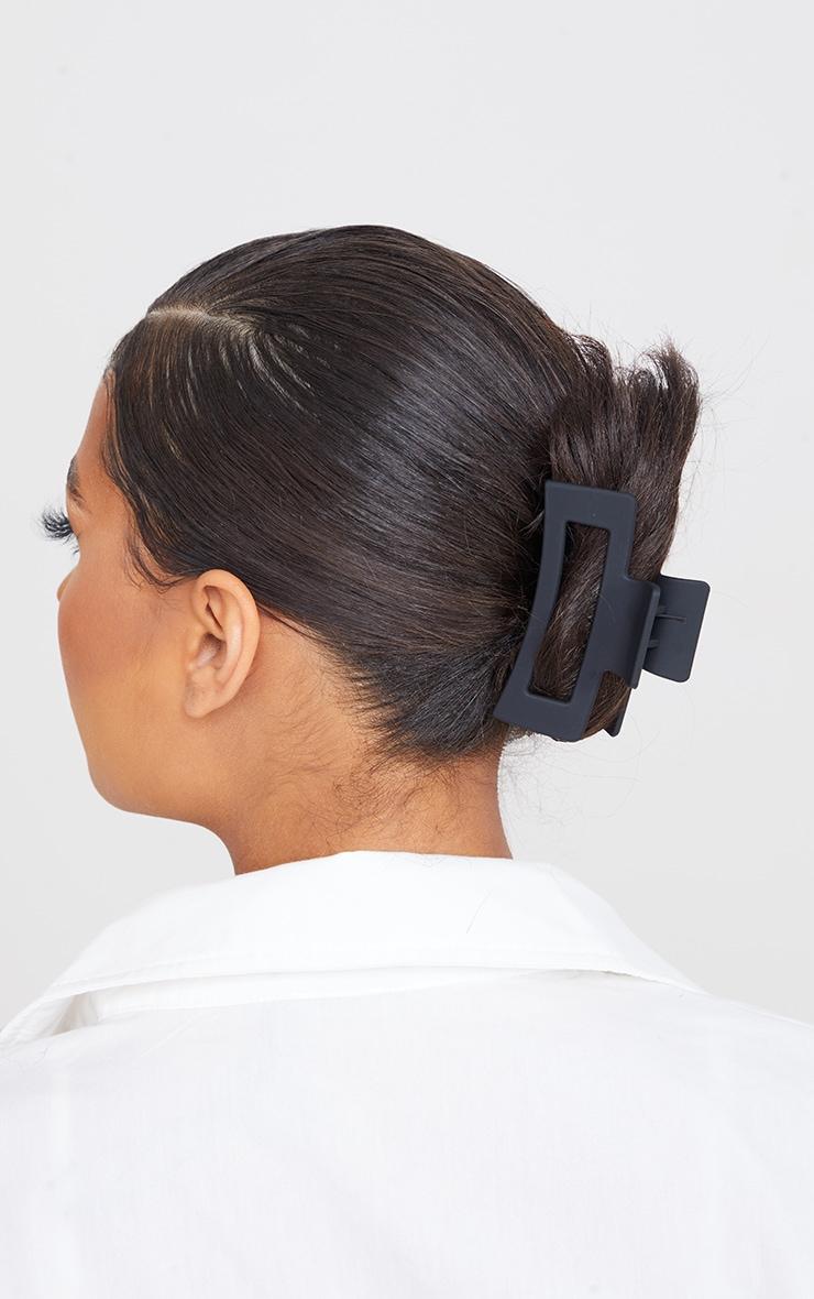 Black Cut Out Square Hair Clip 1