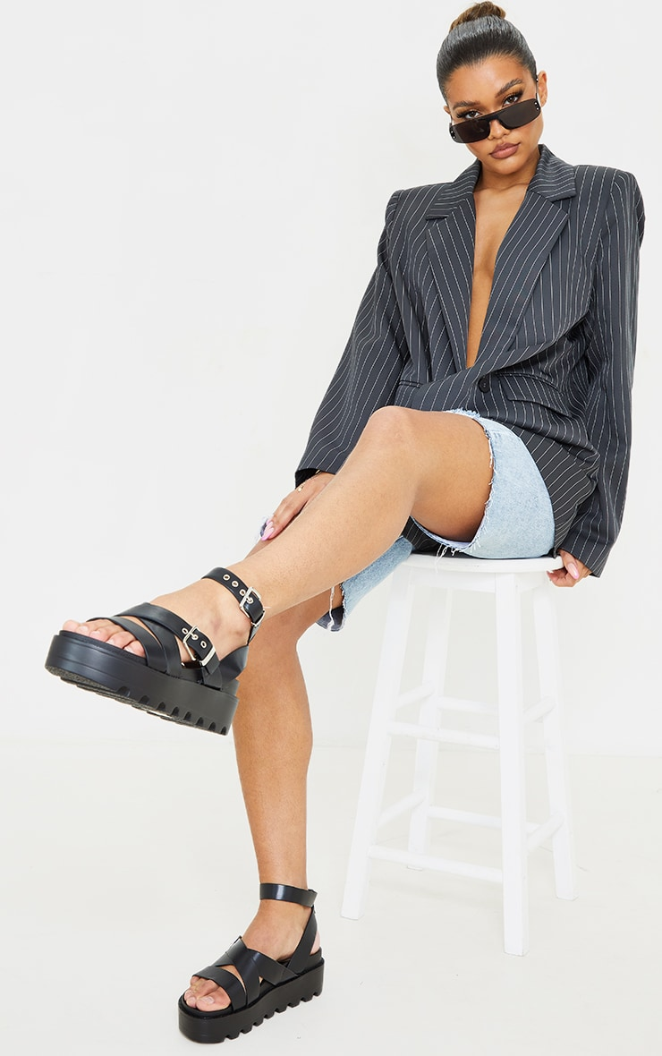 Black Cleated Flatform Gladiator Sandals 1
