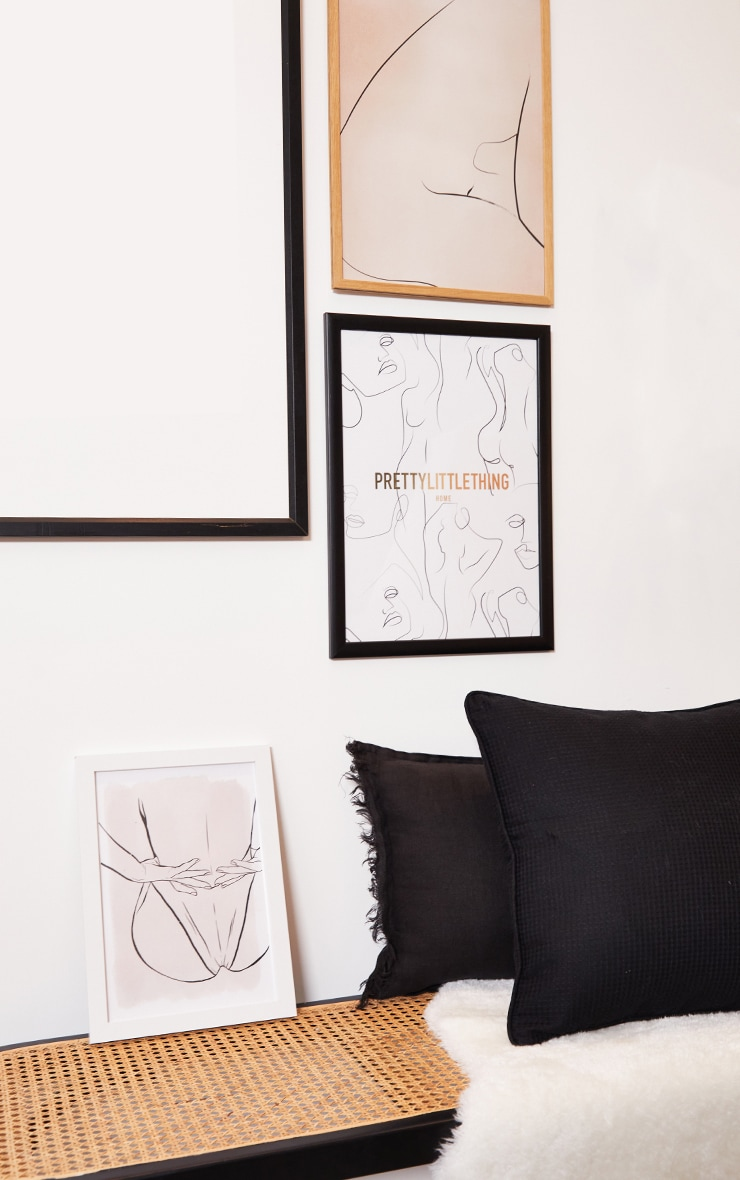PRETTYLITTLETHING Gold A3 Abstract Body Print 3