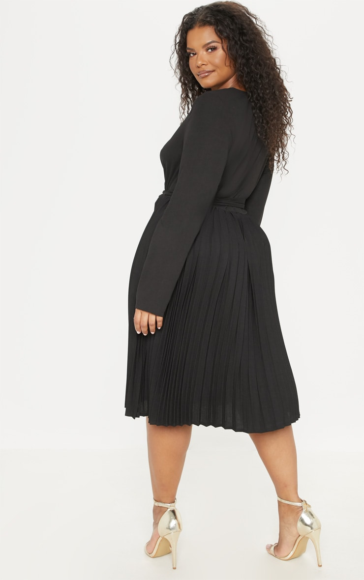 Plus Black Long Sleeve Pleated Midi Dress 2