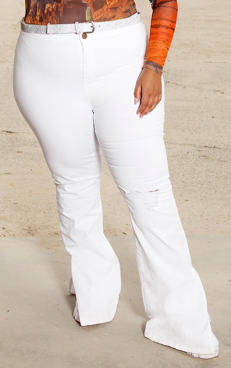 Plus White Knee Rip Flared Jean 2