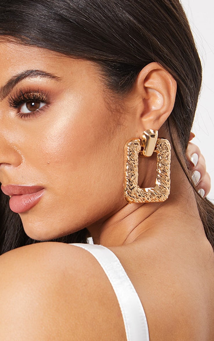 Gold Scratch Textured Square Door Knocker Earrings 1