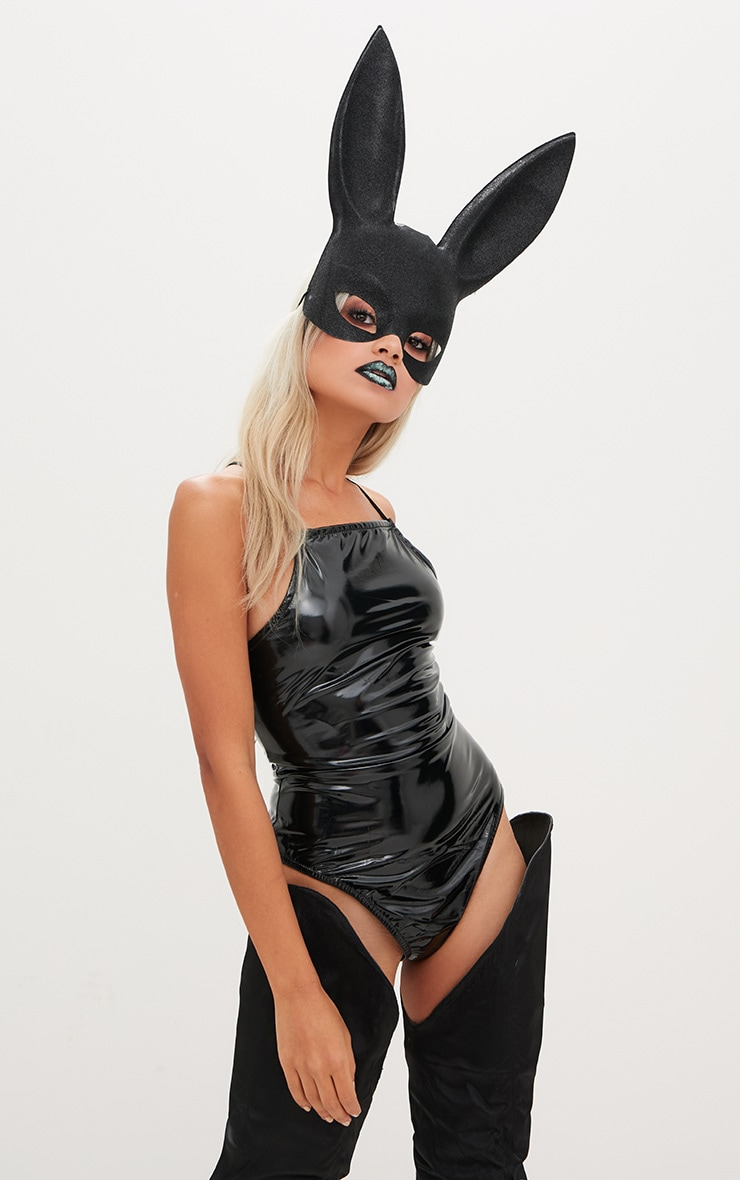 Black Rabbit Ear Mask image 1