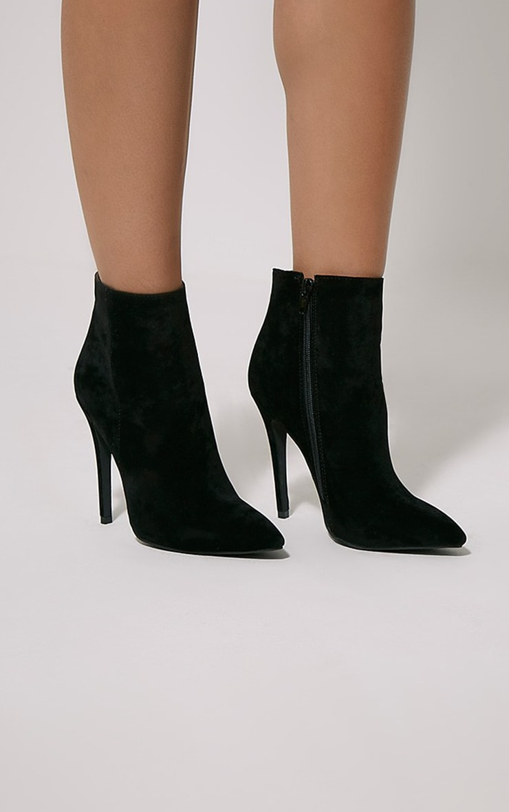 Yeni Black Suede Heeled Ankle Boots 1