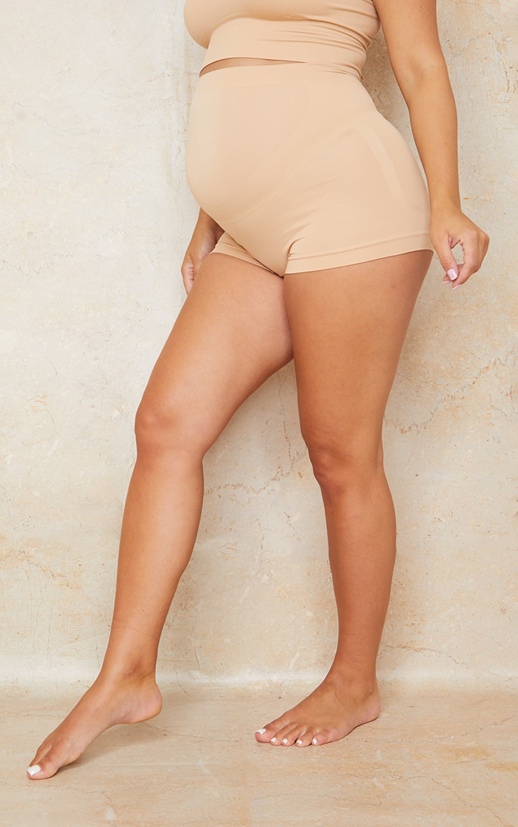 Maternity Camel Seamless Bump Support Shorts 2