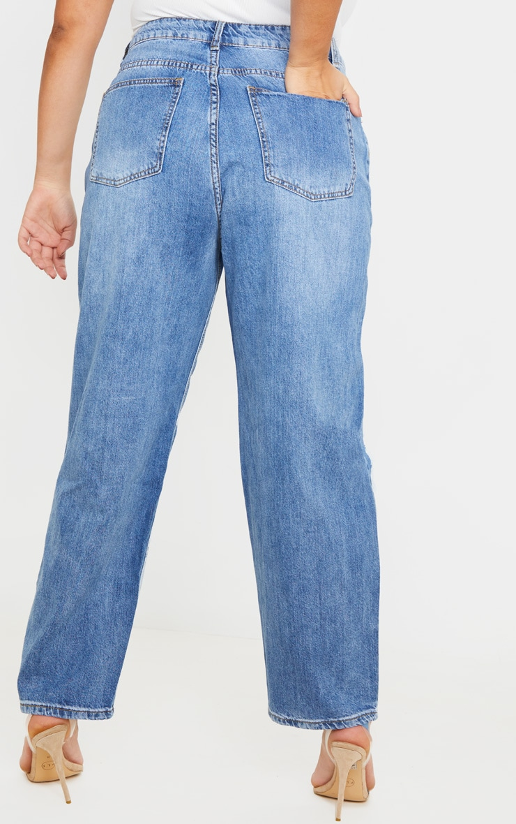 PRETTYLITTLETHING Plus Mid Wash Blue Knee Rip Boyfriend Jean 4