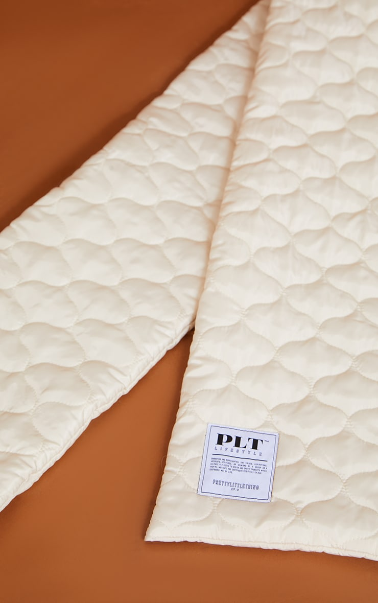 PRETTYLITTLETHING Cream Lifestyle Quilted Scarf 3