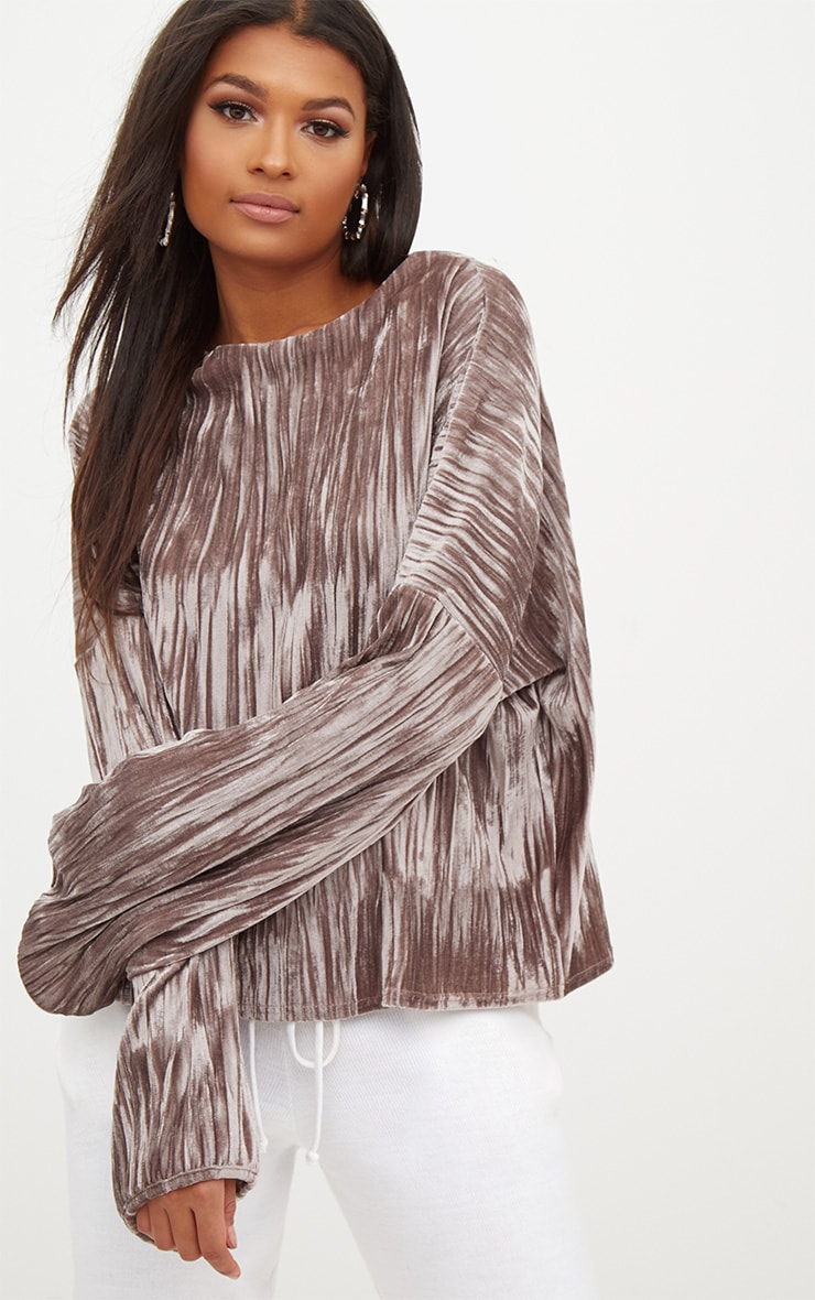 Stone Pleated Velvet Oversized Sweater 1