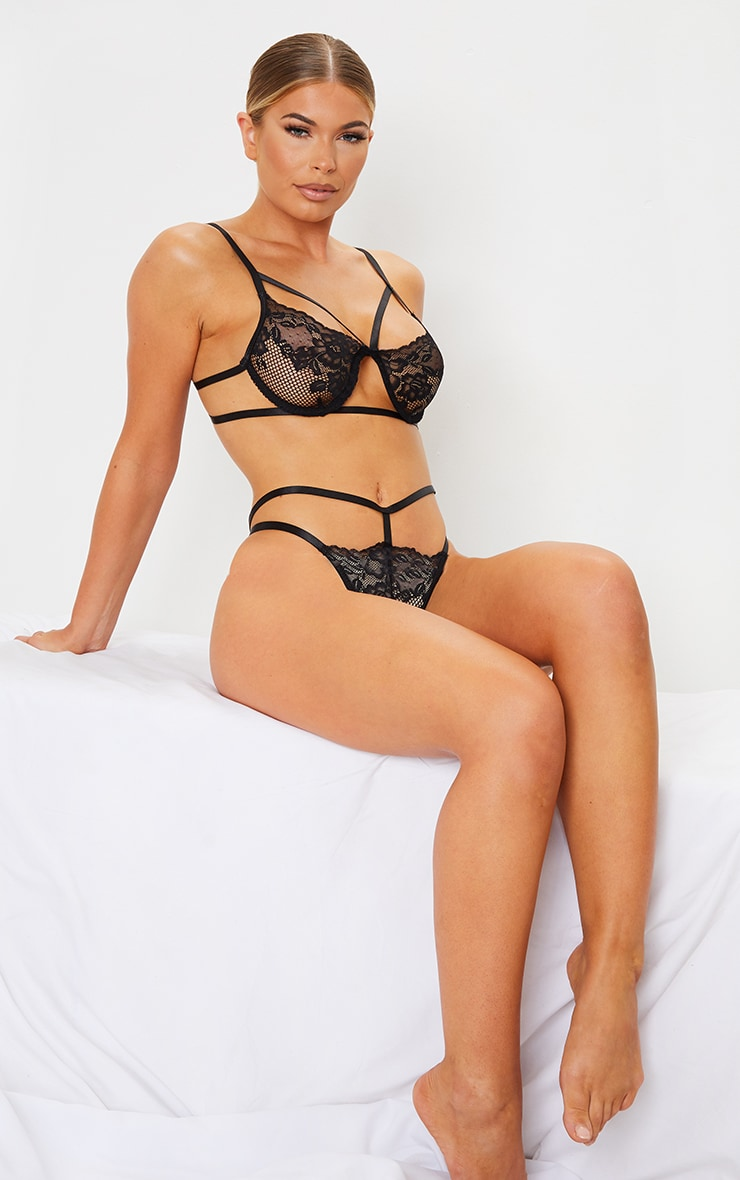 Black Lace Strappy Cut Out Underwired Lingerie Set 1