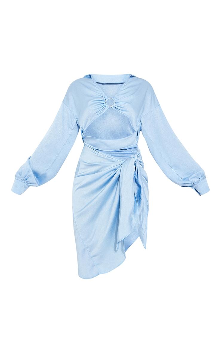 Robe chemise texturée bleue à anneau et jupe nouée 5