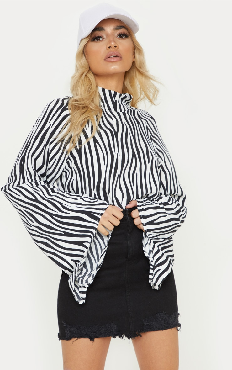 Petite Zebra Print High Neck Ruched Sleeve Blouse  4