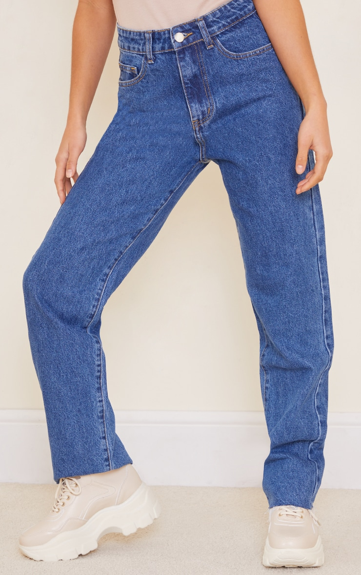 PRETTYLITTLETHING Petite Mid Blue Wash Long Leg Straight Jeans 2