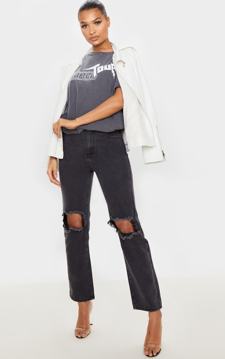 PRETTYLITTLETHING Washed Black Knee Rip Straight Leg Jean 1