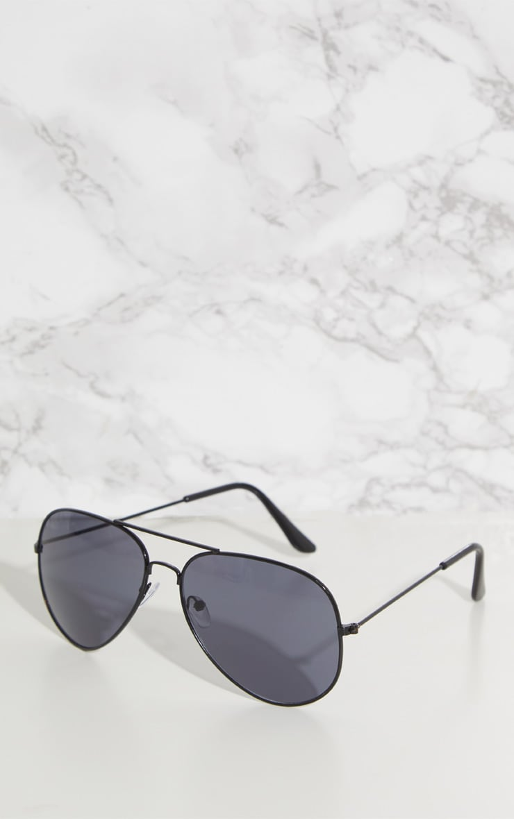 Black Metal Aviator Sunglasses 3