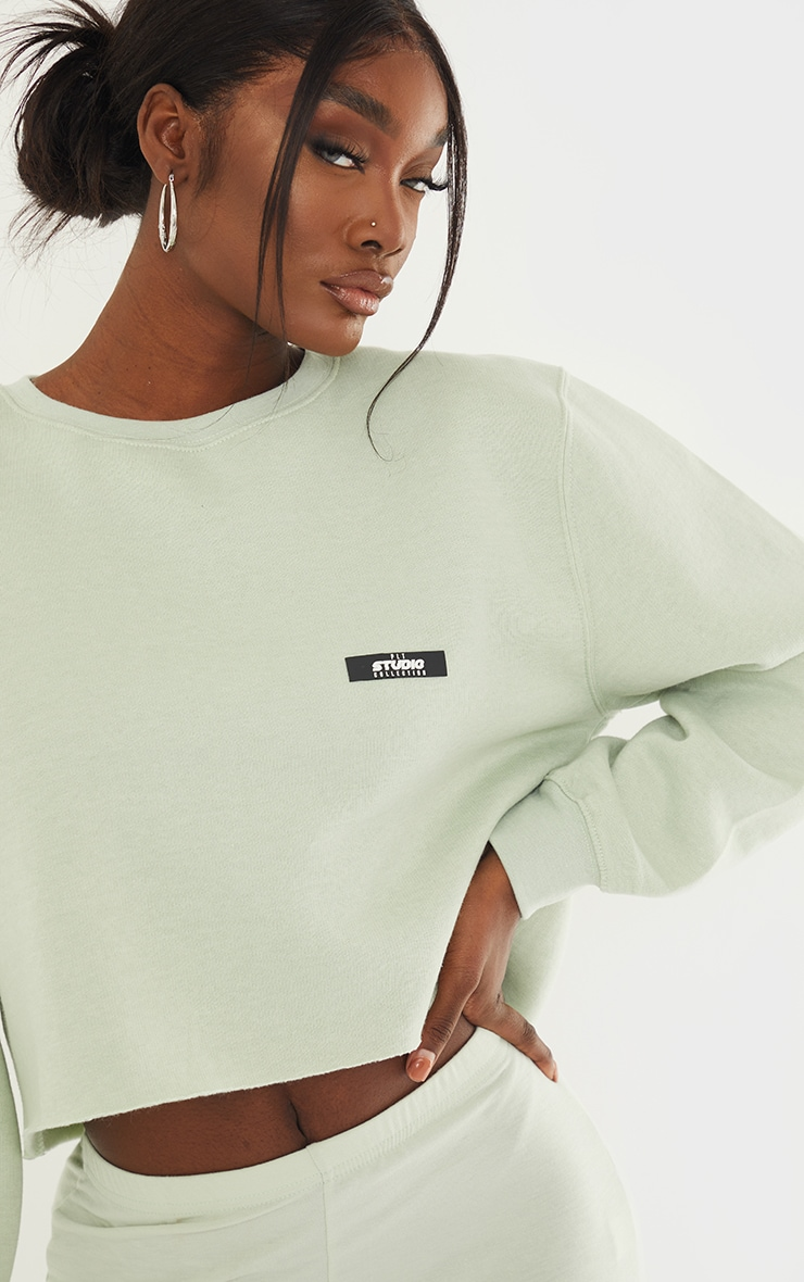 PRETTYLITTLETHING Tall Sage Green Studio Cropped Sweat 4