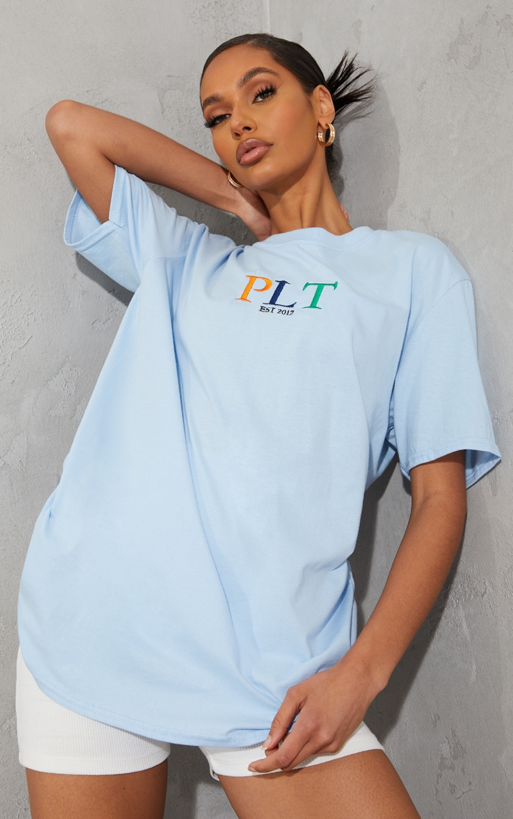 PRETTYLITTLETHING Baby Blue Multi Embroidered T Shirt 1