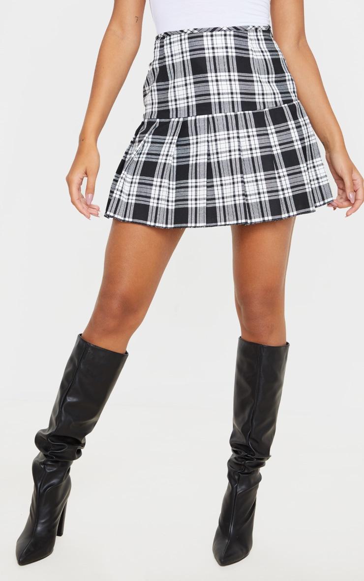 Black Check Woven Pleated Mini Skirt 2