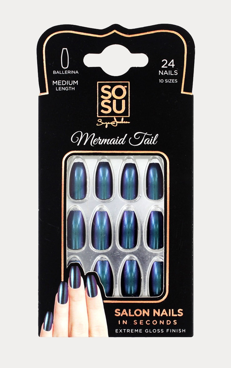 SOSU Mermaid Tail False Nails 1