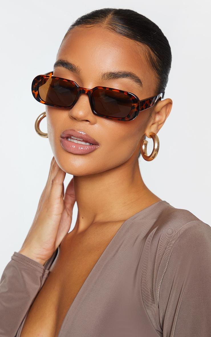 Brown Tortoise Round Frame Slim Sunglasses 1